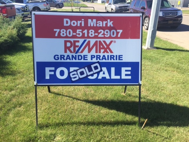 ReMax sign